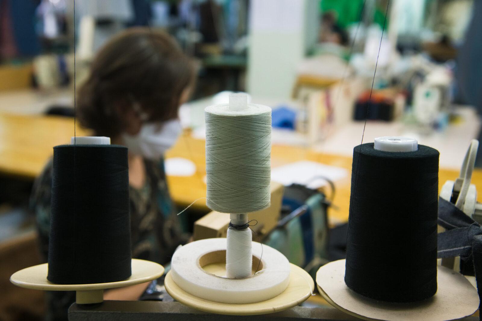 Pandemia e retração no varejo têxtil impulsionam automação industrial da cadeia produtiva